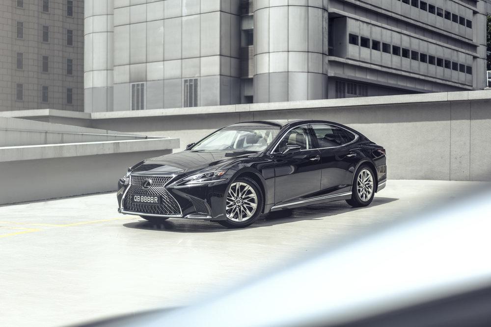 Lexus LS (ericchenrr)_2.jpg