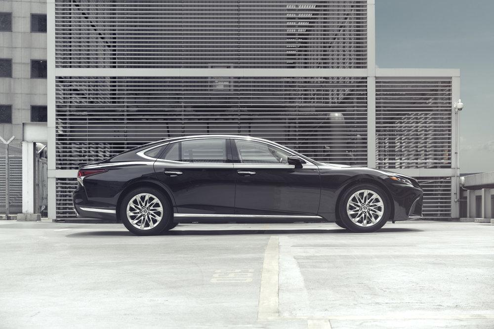 Lexus LS (ericchenrr)_1.jpg