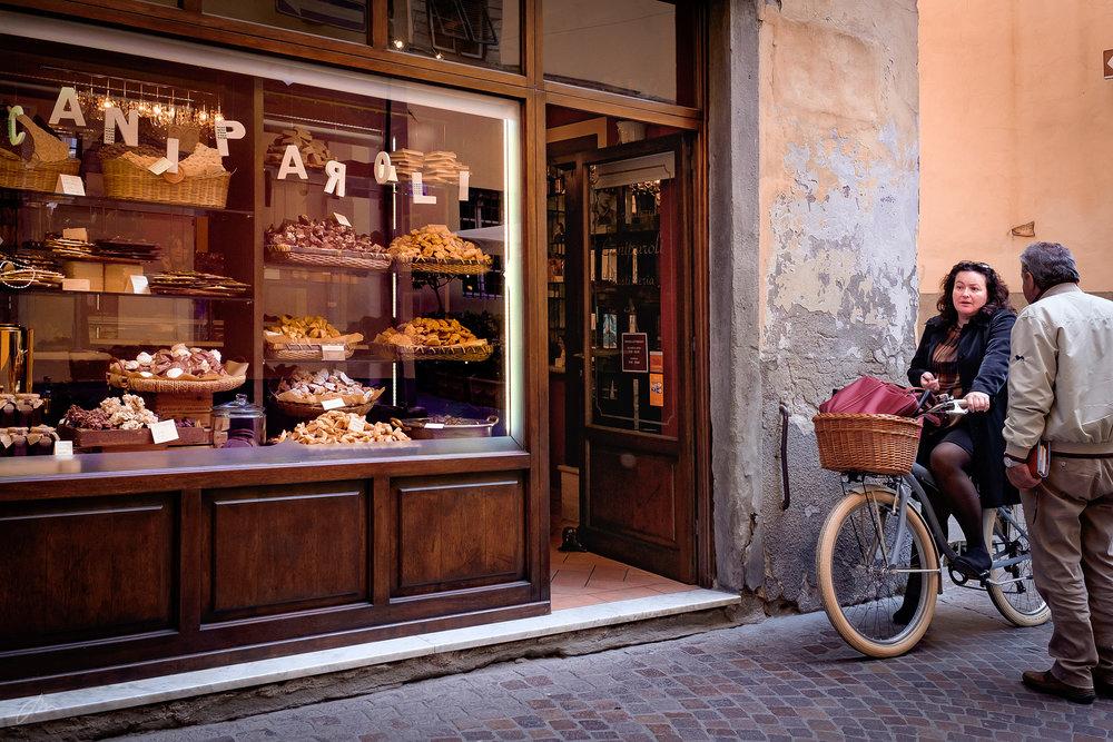 Ved sjokoladebutikken i Lucca
