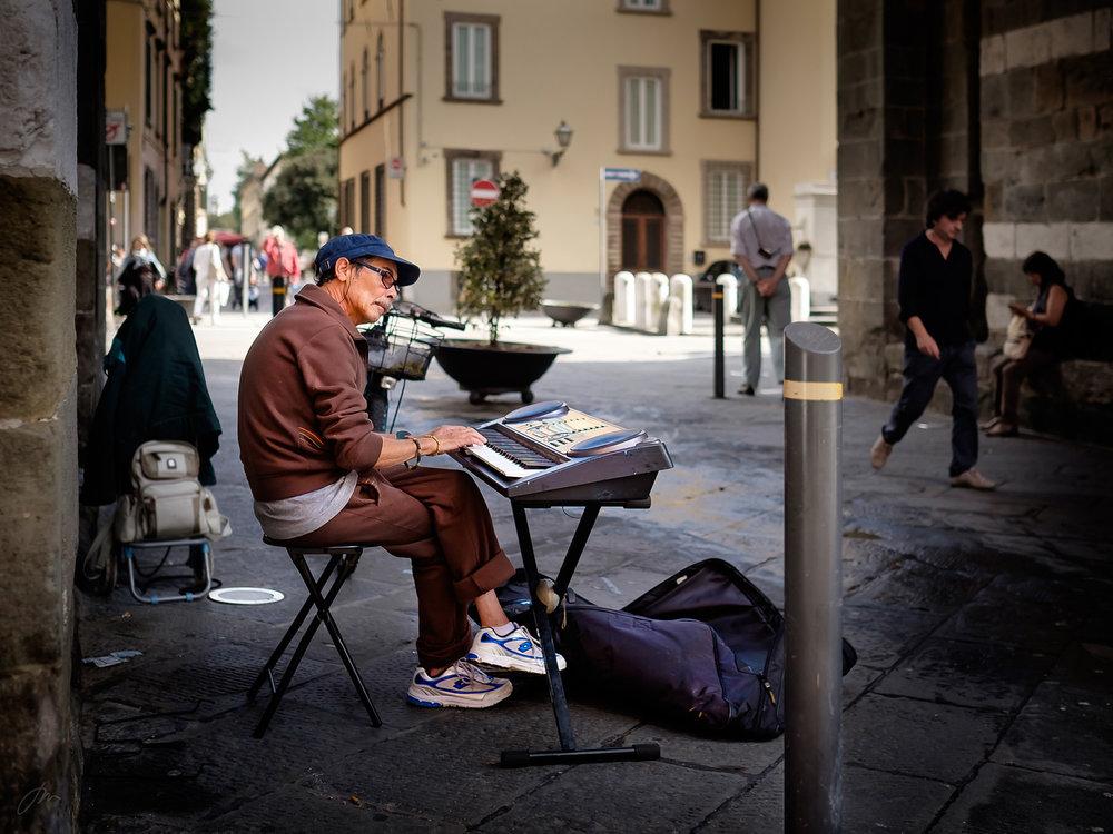 Enmanns gateorkester i Lucca