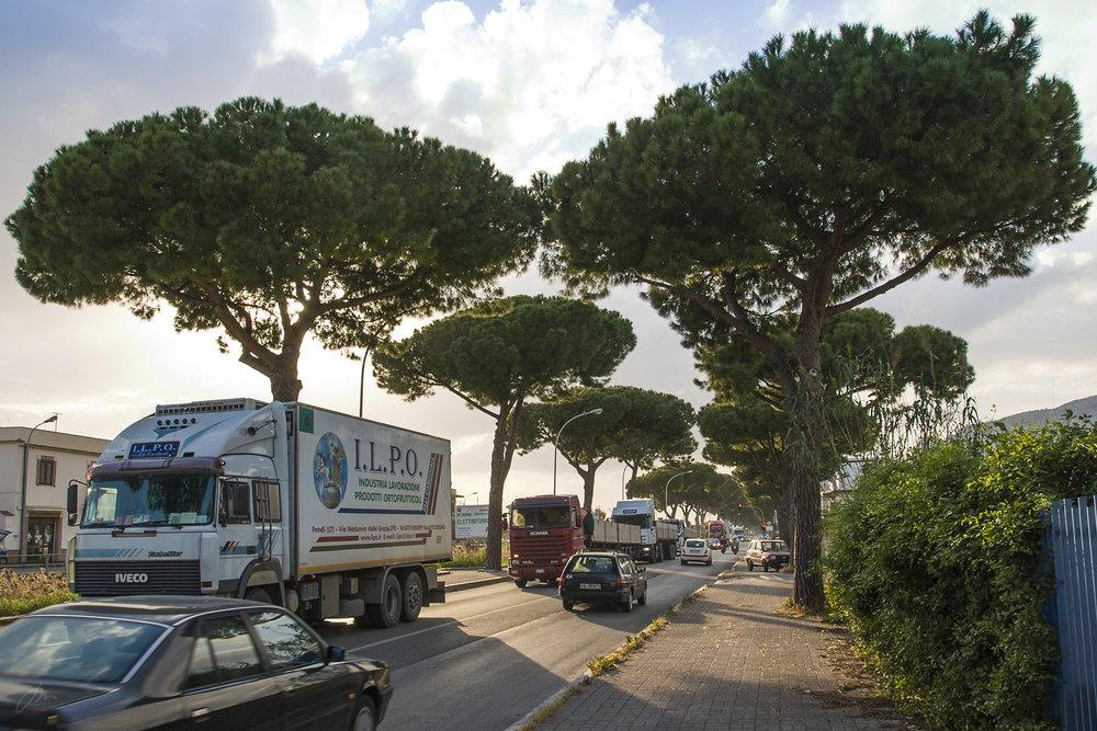Via Appia Antica ved innkjøringen til Terracina.