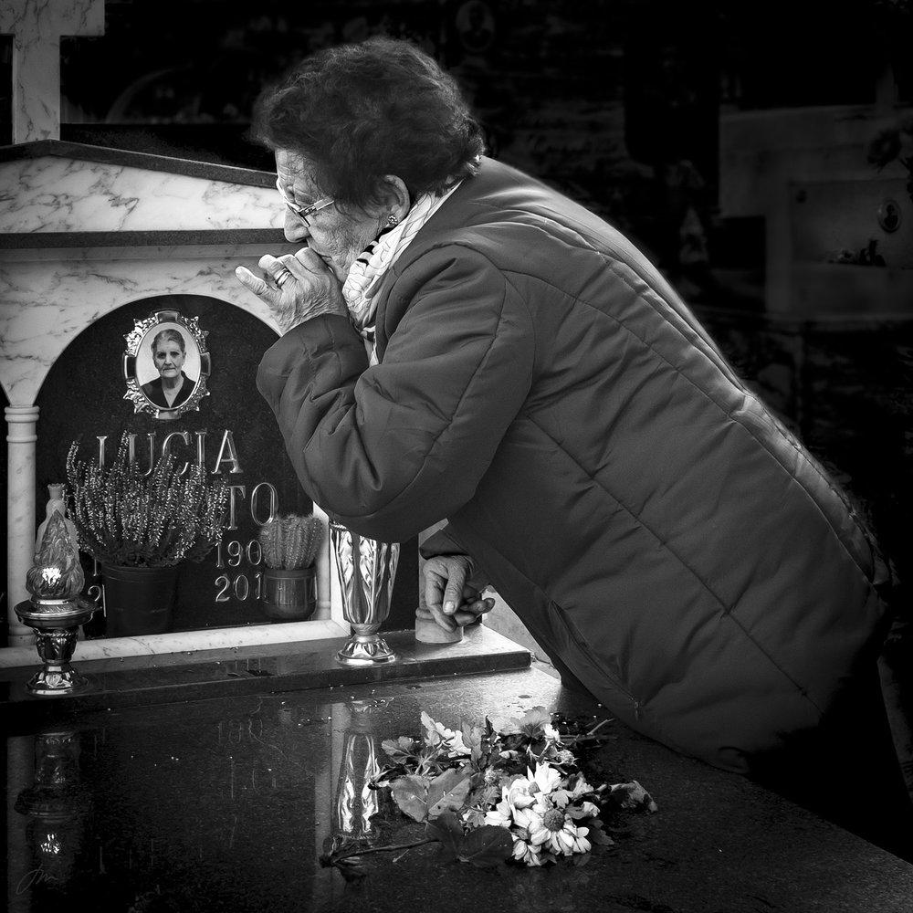 På mammas grav – uke 12