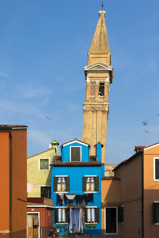 Det skjeve tårnet i Burano.