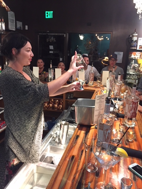 Watch a pro - Learn to use bartending equipment with confidence