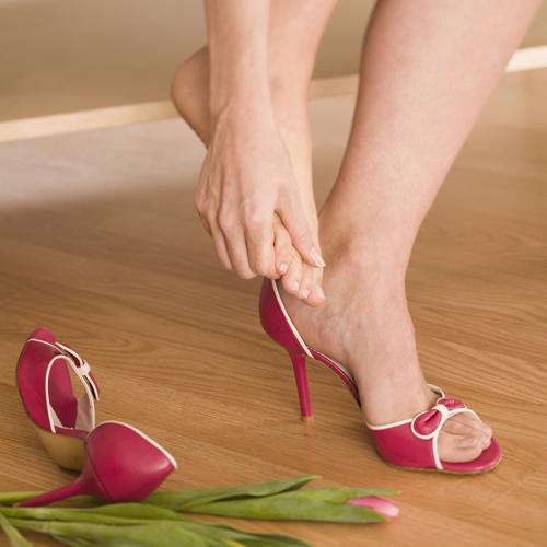 How-Stretch-Your-Feet-You-Wear-High-Heels.jpg