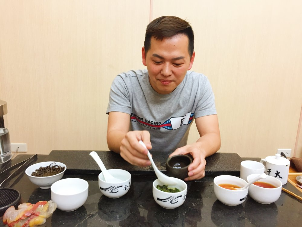 Meet Mr. Lin, a fourth generation tea master and owner of our tea estate for High Mountain Black Tea. Over multiple tastings of freshly made tea from the production center next door, Mr. Lin describes his childhood dream of becoming a tea master like his grandfather. Not only did he realize this dream, he also owns multiple tea estates throughout LiShan. Mr. Lin's teas are exclusively sold in high-end restaurants and renowned tea shops in Taiwan. We are the only tea store outside of Taiwan offering his tea.