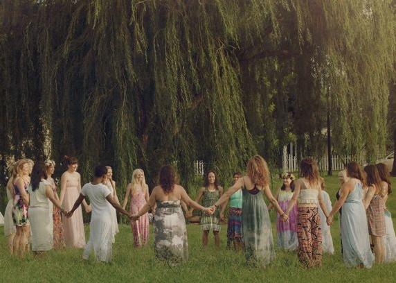61b87db22e203d35f8c647cc85d1891b--womens-circle-sacred-sacred-circle.jpg