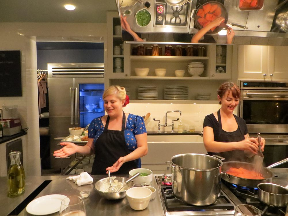 Chefs Rachel & Carley teaching at COOK in Rittenhouse
