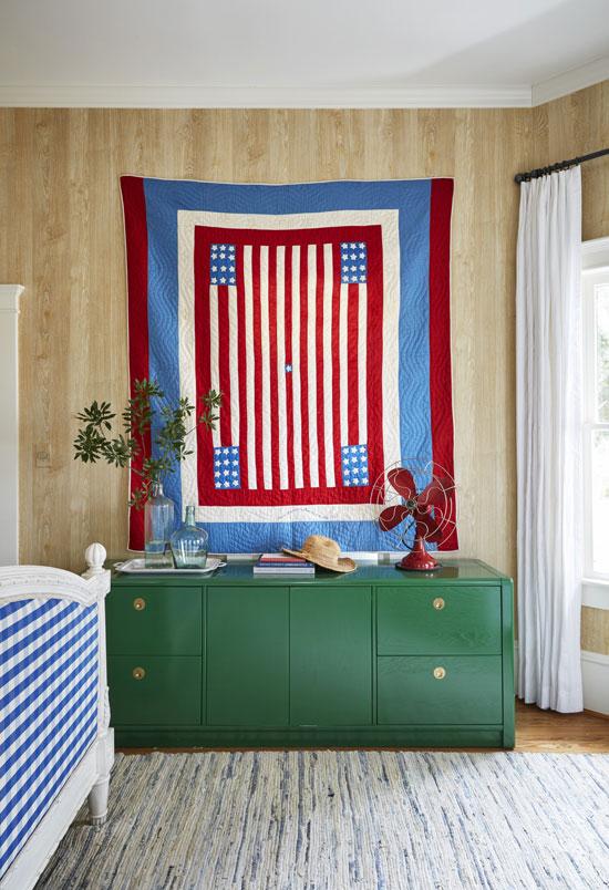 54f0d39c97d4a_-_farmhouse-fresh-flag-0415-xln[1].jpg