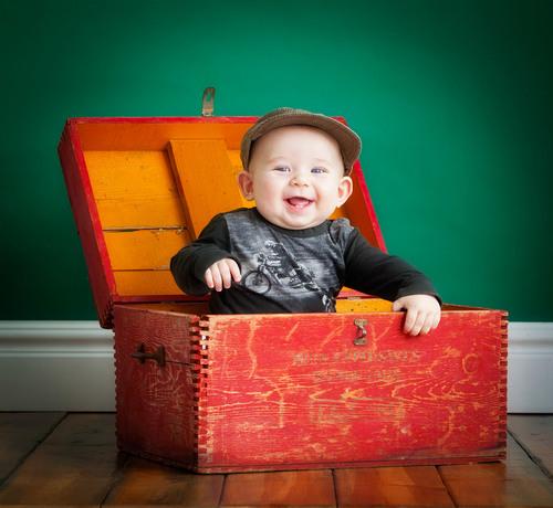 baby_in_box_portrait_denver.jpg