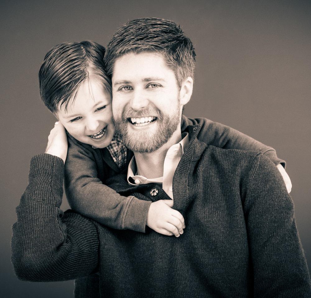 artistic-bw-family-portrait.jpg