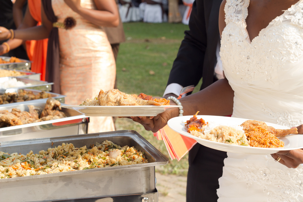 7 Workable Ways To Cut Your Wedding Catering Costs You