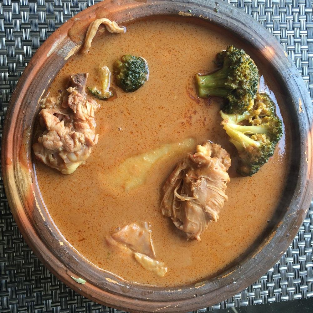 Groundnut soup in an Asanka.