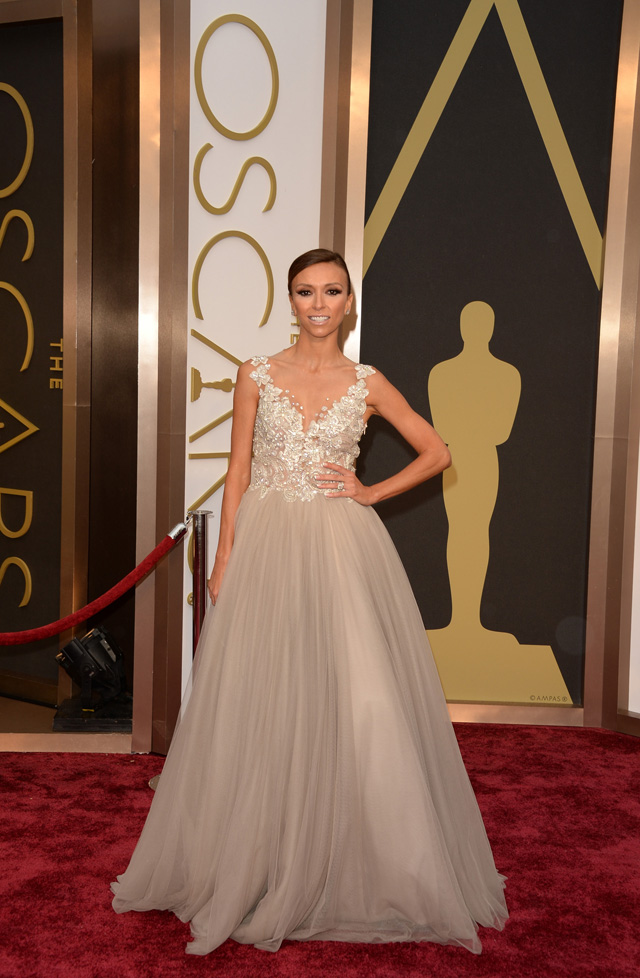 Giuliana Rancic looked picture perfect in her Paolo Sebastian gown.