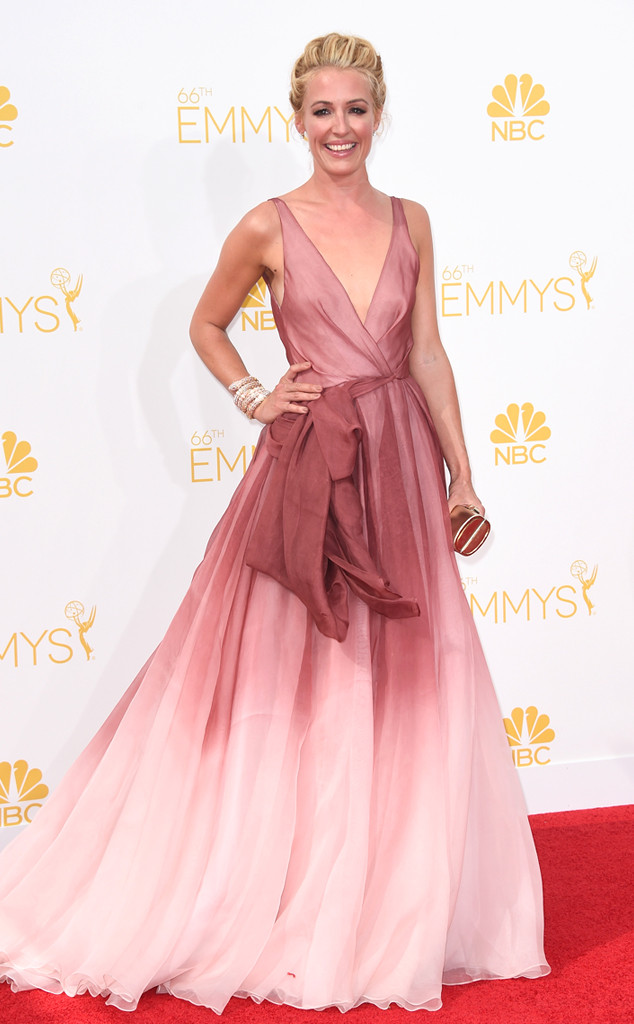 One of my favorite TV show hosts, Cat Deeley, looks stunning in this pink ombre gown by Burberry.
