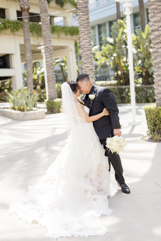bride_groom_firstlook_0069.jpg