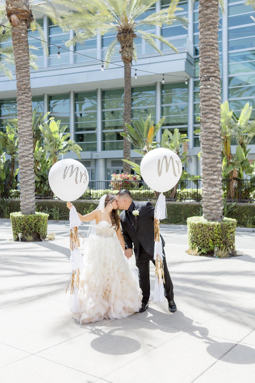 bride_groom_firstlook_0082.jpg