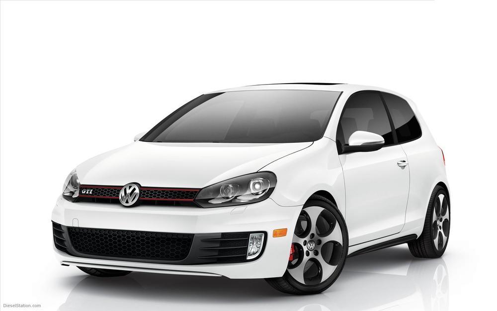 2010-Volkswagen-GTI-widescreen-15.jpg