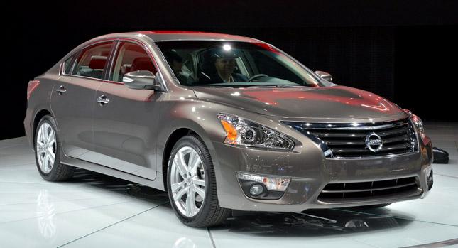 2013-Nissan-Altima.jpg