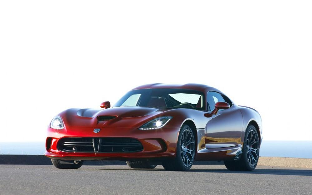 2013-SRT-Viper-GTS-Red-Left-Angle-1024x640.jpg