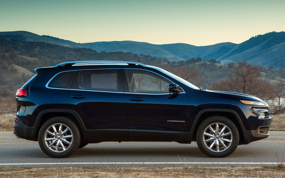 2014-Jeep-Cherokee-Limited-side-view.jpg