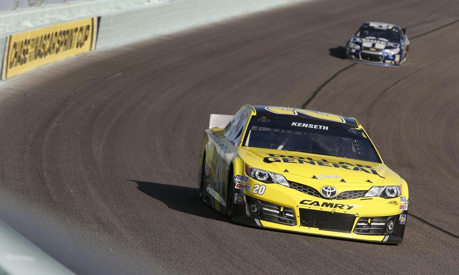 Kenseth-Jimmie-Johnson-Homestead-NASCAR.jpg