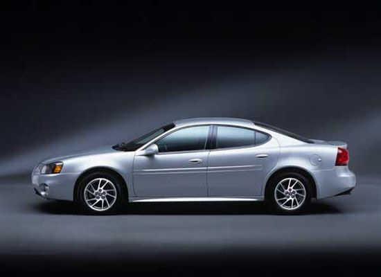 Pontiac2004GrandPrix3.jpg