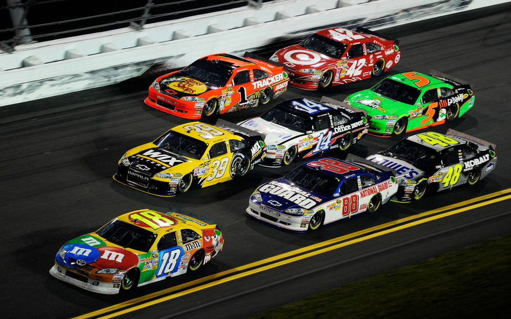 1024x768-nascar-wallpaper-hd.jpg