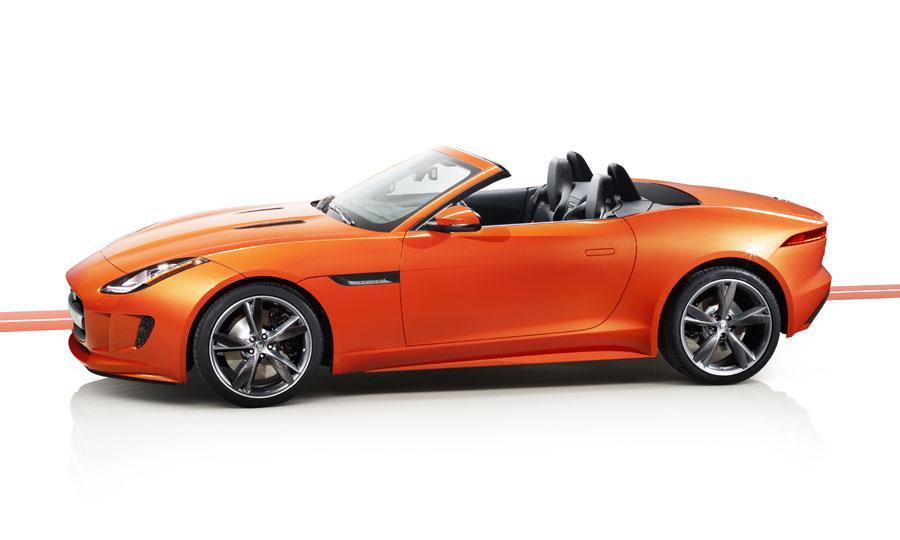 2014-Jaguar-F-Type-V8-S.jpg