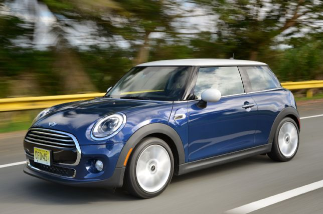 2014-Mini-Cooper-front-three-quarters-view-in-motion.jpg