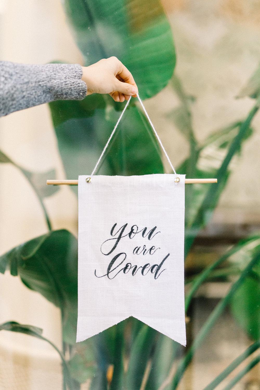 linen banner
