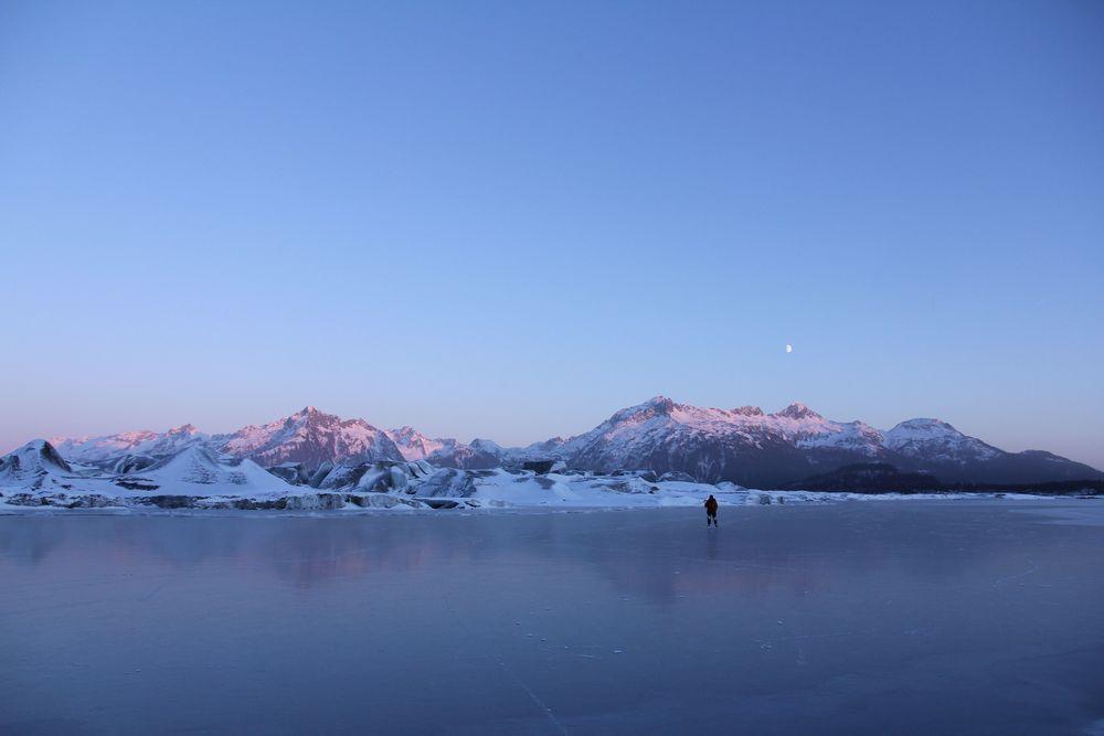 (more photos about glacier skating and biking.)