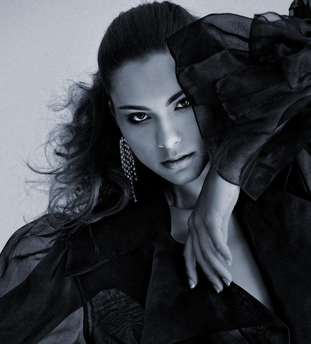 Crop-Fernanda_Dior1.jpg