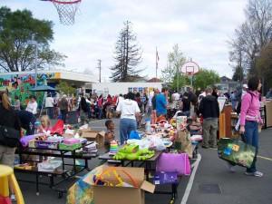 yard sale 2010 2
