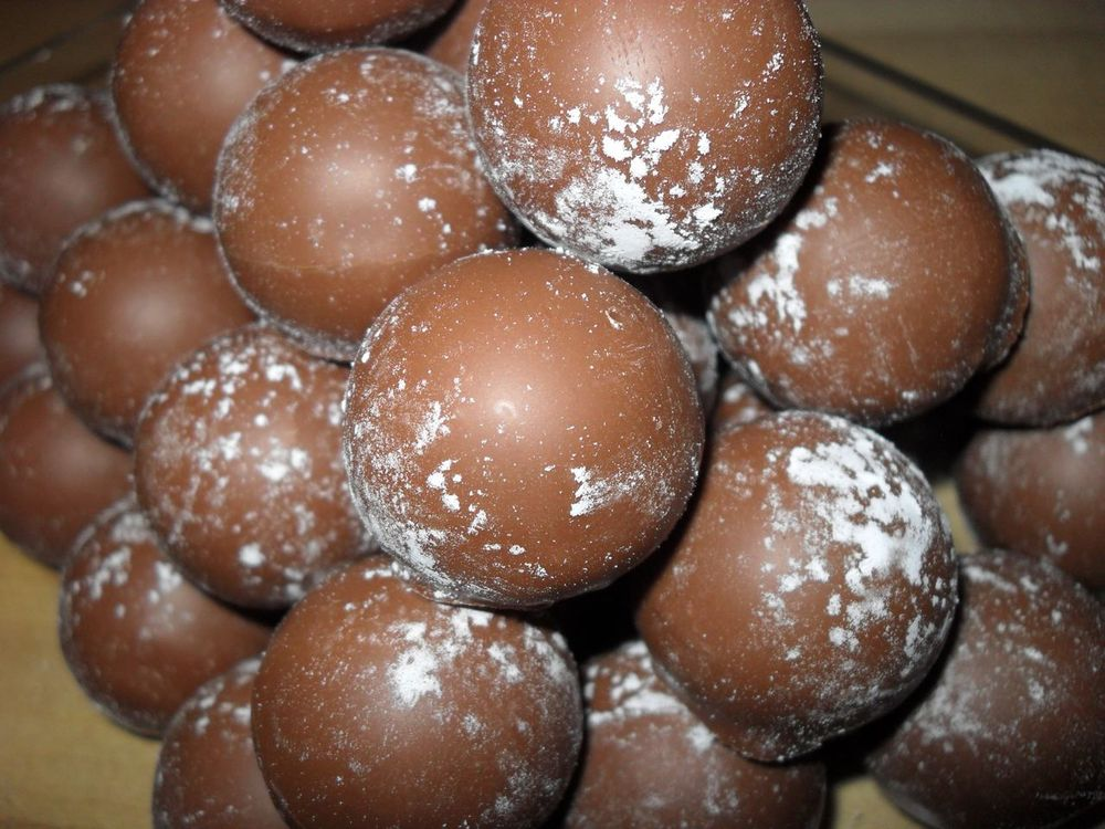 Milk Chocolate Champagne Truffle