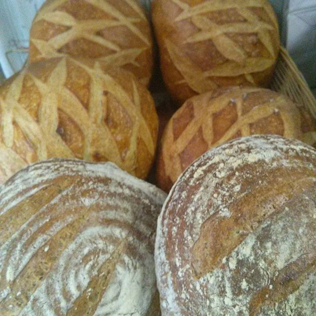 Sourdough and Country Rye ready for pick up #delaware #chefshavende #fresh #bread