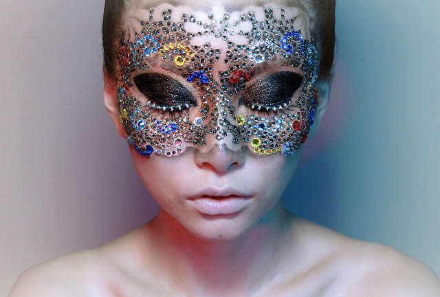 I saw this photo and loved the beautiful, detailed work!    beautylish :     Interview with YouTube's coolest makeup guru,   manwomanfilm  !  source:  manwomanfilm flickr