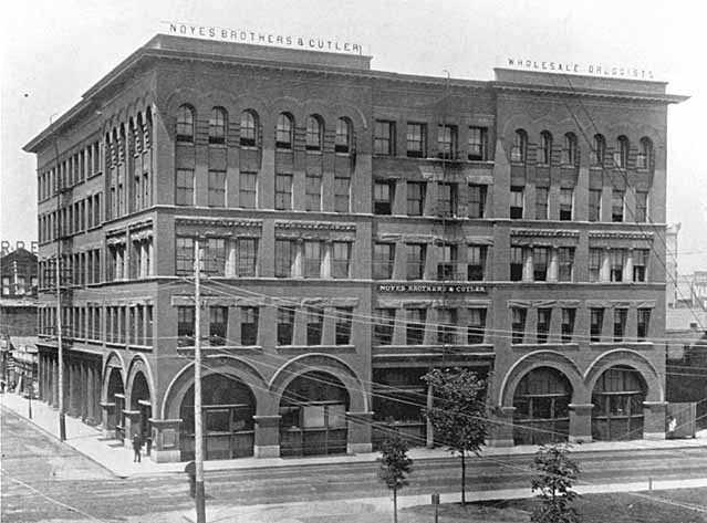 1902 Noyes Brothers and Cutler, Sixth and Sibley Lowertown.jpg
