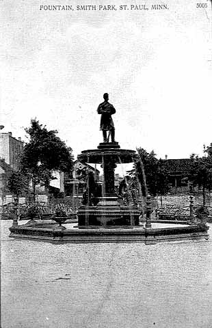 1910 Fountain in Smith Park Lowertown.jpg
