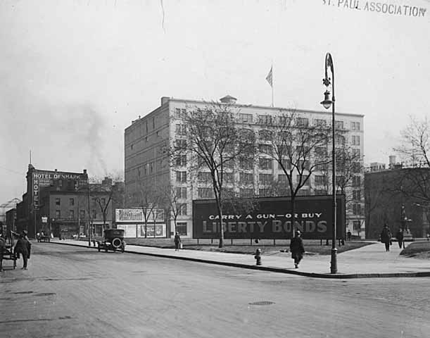 1918 Corner of Sixth and Sibley at Smith Park looking down Sixth Lowertown.jpg