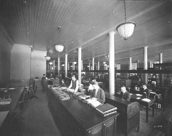 1920 Office of Fairbanks, Morse and Company, East Third Street Lowertown.jpg