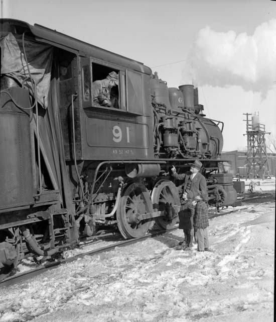 1948 Switch engine at the Great Northern Jackson Street roundhouse Lowertown.jpg