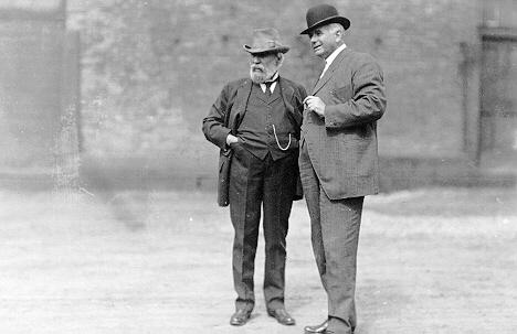 1912 James J Hill at Union Depot Lowertown.jpeg