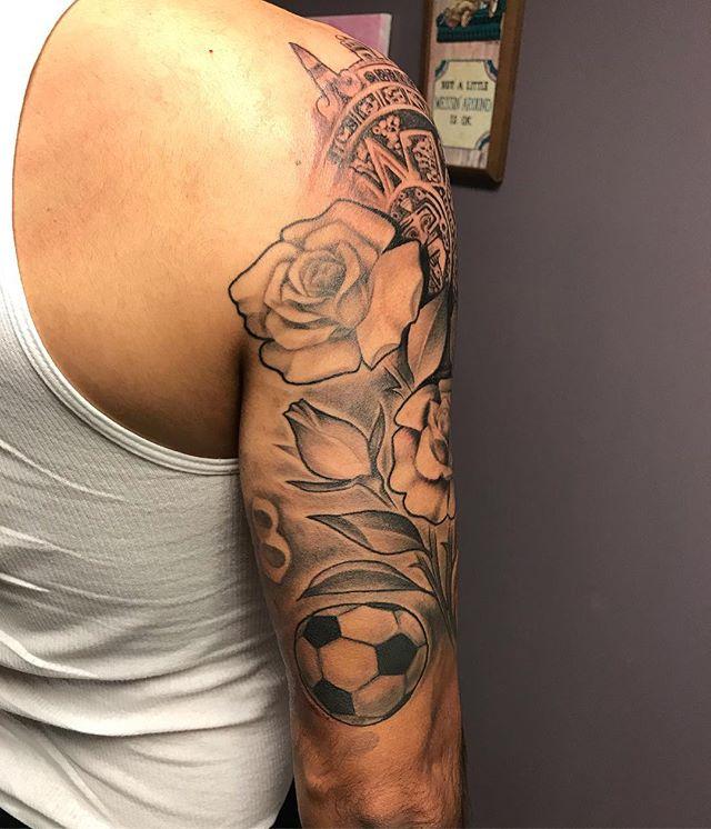 #blackandgreytattoo  #thanksforlooking #tatuaje #tatuajes #tatuajeschingones #rosetattoo #followforfollowback