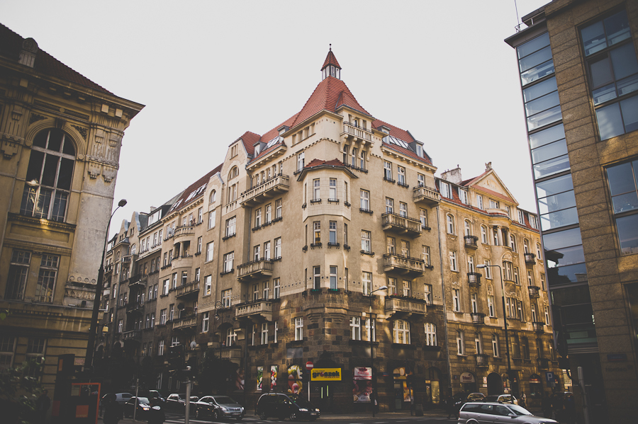 Kamienica wzniesiona w latach 1911-12, zaprojektował ją architekt pochodzenia szkockiego Artur Gurney. Fot. Artur Cieślakowski dla Do You Know Fashion