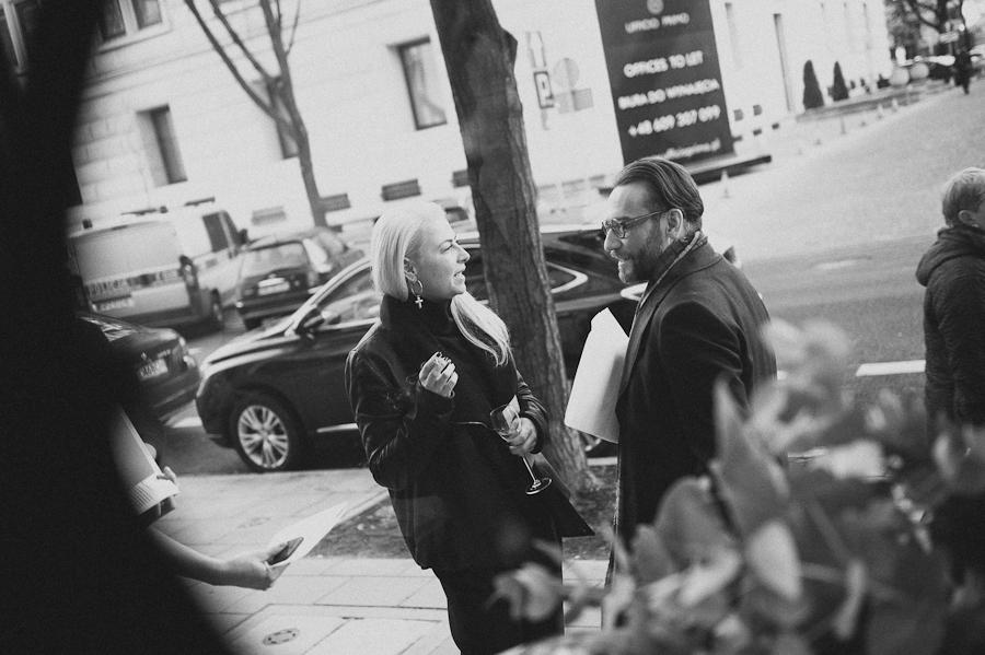Ania Kuczyńska tuż po pokazie swojej kolekcji Illuminate SS 2014/              fot. Artur Cieślakowski dla Do You Know Fashion