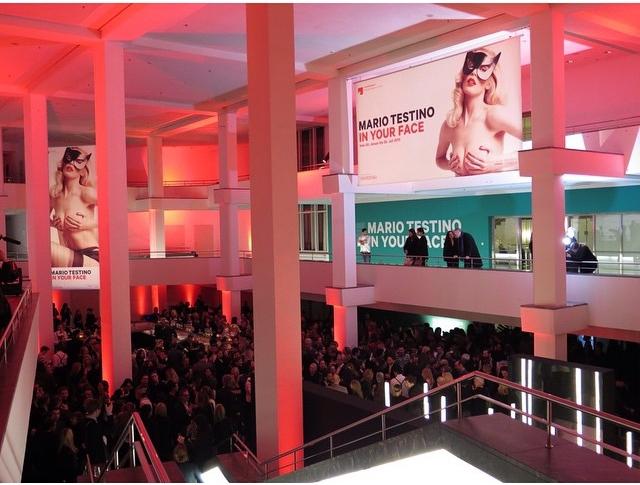 Wystawa Testino w Berlinie/Instagram: @mariotestino