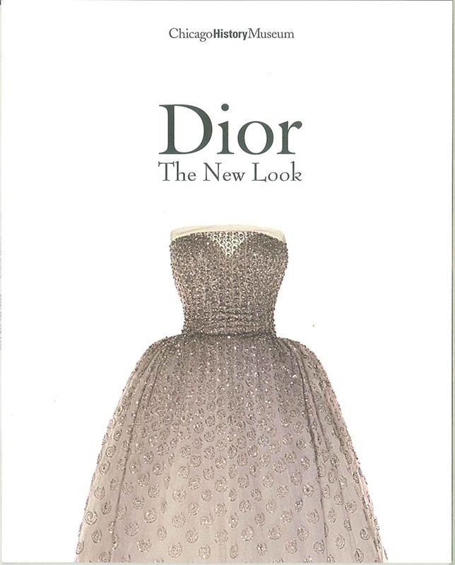 """Okładka książki """"Dior: The New Look"""" opublikowanej przez Chicago History Museum"""