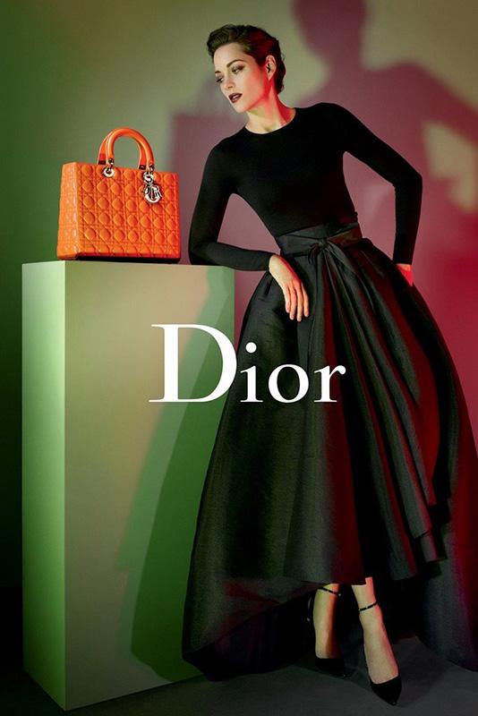 Kreacja w stylu New Look w kampanii marki Dior na sezon wiosna/lato 2013
