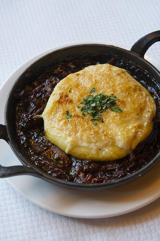 Słynny Shepherd's pie serwowany w restauracji Balthazar/mat.prasowe Balthazar Restaurant